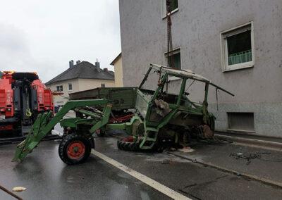 Unfallfahrzeugsicherung mit Kran Völkl
