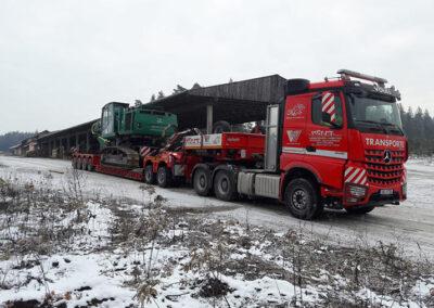 Baggertransport mit Völkl